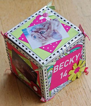 Birthday-Cube-4